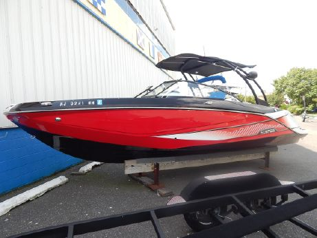 2015 Scarab 255 Impulse