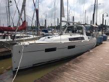 2016 Beneteau Oceanis 35