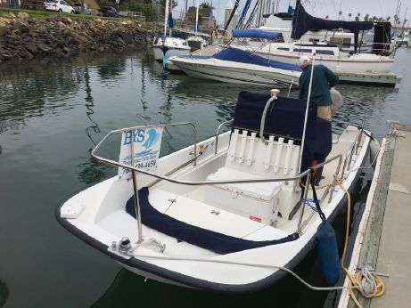 2001 Boston Whaler Montauk 17 CC