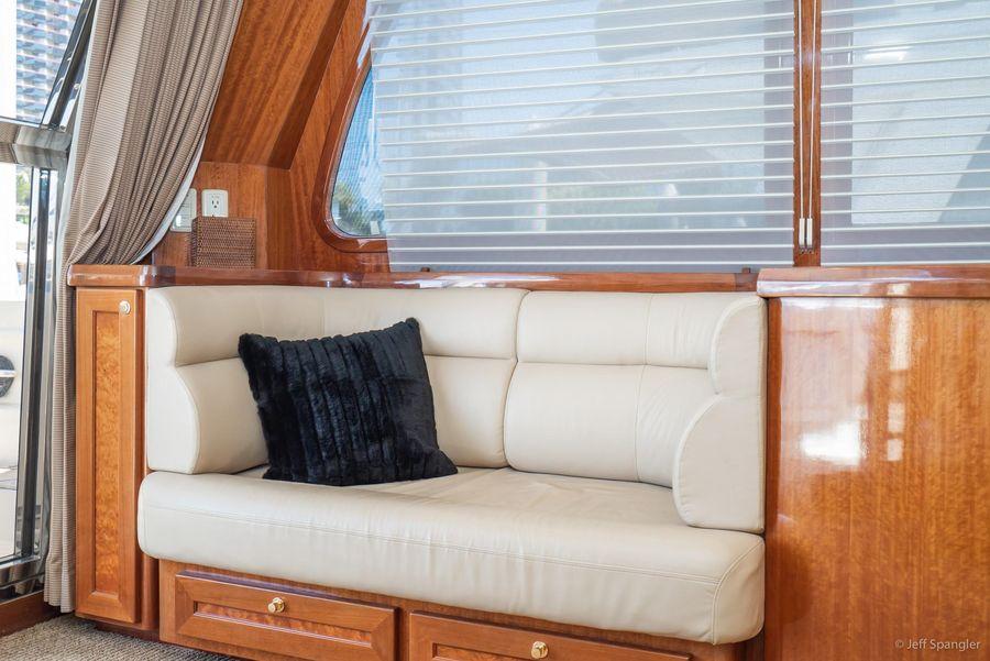 Mckinna 57 Pilothouse Salon Seating