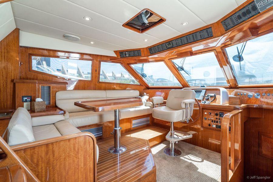Mckinna 57 Luxury Yacht Pilothouse