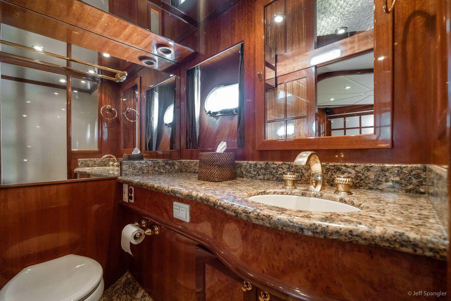 Mckinna 57 Pilothouse Head Bathroom