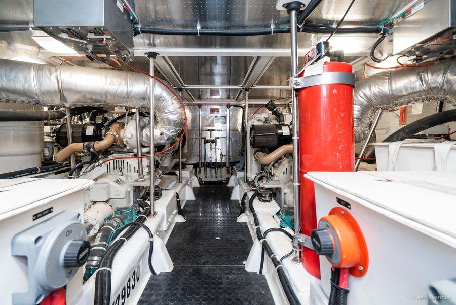 Mckinna 57 Pilothouse Engine Room