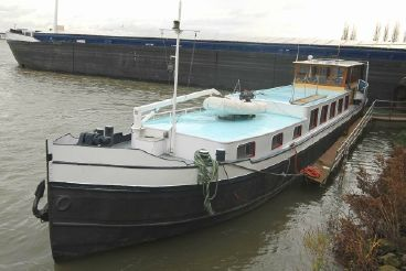 1922 Luxe Motor living touring schip