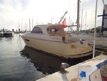 2006 Mochi Craft DOLPHIN 44'