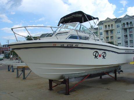 1993 Grady-White 226  Seafarer