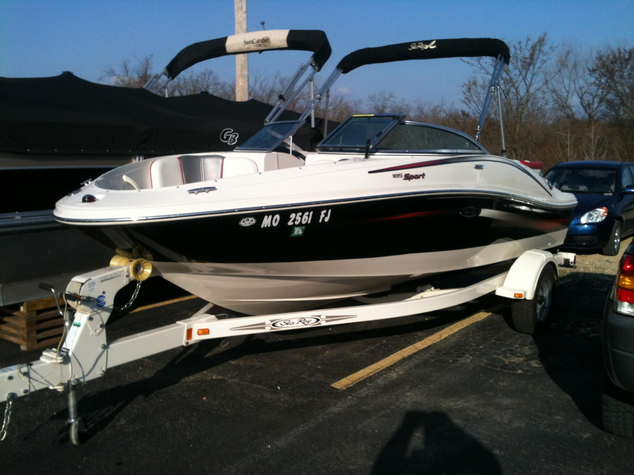 19 ft 2006 sea ray 185 sport