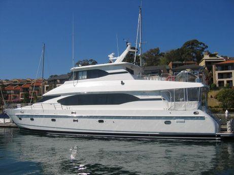 2004 Monte Fino Skylounge Motor Yacht