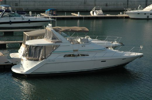 1995 Chris Craft 421 Continental