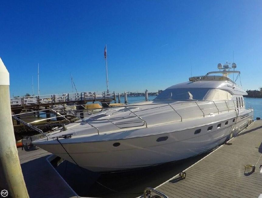 2000 Viking Sport Cruisers 68 Yacht for sale in Newport Beacch