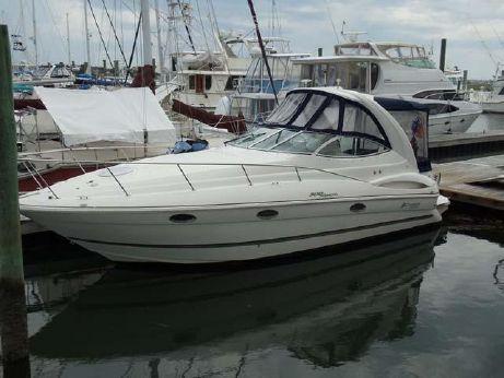 2005 Cruisers Yachts 300