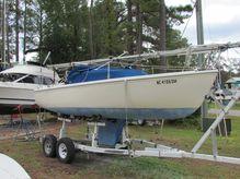 1982 Catalina 22'