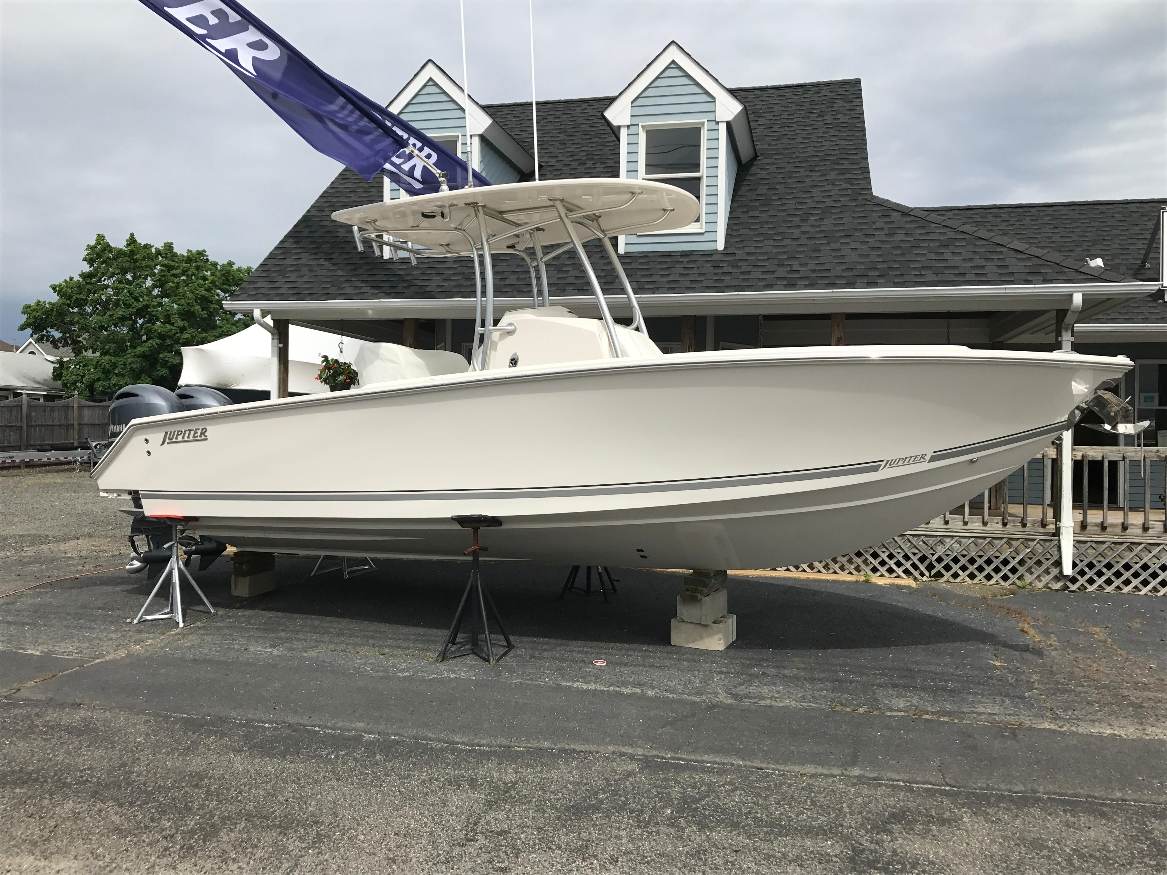 2017 Jupiter 26 FS Power Boat For Sale