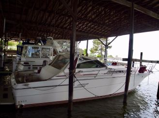 1987 Sea Ray 460 EC