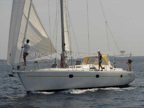 2005 Universal Yacht Universal Yachting 44