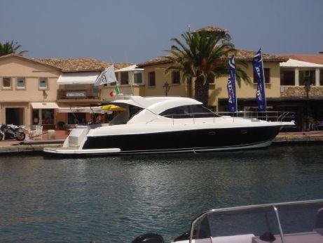 2008 Riviera Marine 4700 Sport Yacht