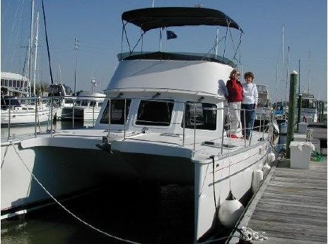 2005 Pdq 34 Power Catamaran