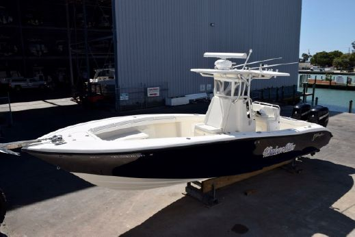 2010 Yellowfin 29 Center Console