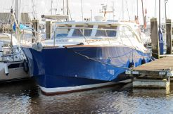 2006 Oyster LD43