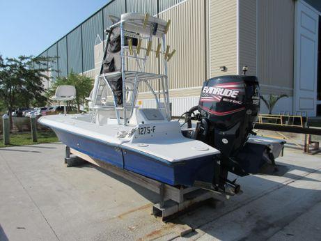 2004 Talon 16 Flats Boat