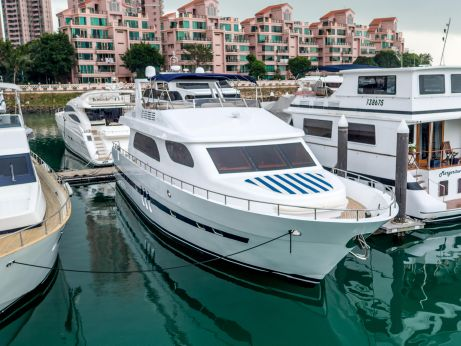 2014 New Bay Yacht Ltd Accelera 84