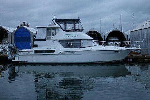 1995 Carver 390/400 Cockpit Motor Yacht