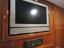 photo of  Carver 570 Voyager Pilothouse