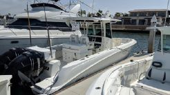 2013 Boston Whaler 320 Outrage
