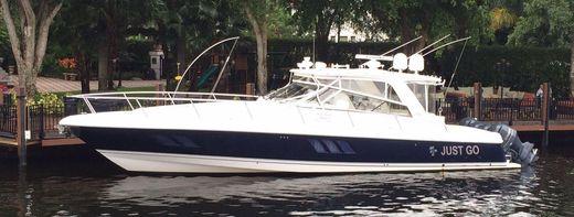 2010 Intrepid 475 Express Yacht