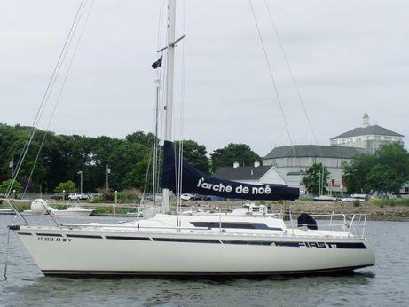 1983 Beneteau First 32