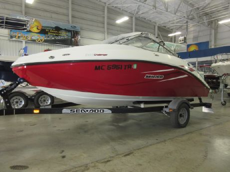 2010 Sea-Doo Sport Boats 180 Challenger SE.