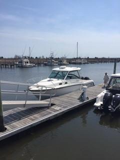 2013 Boston Whaler 315 Conquest