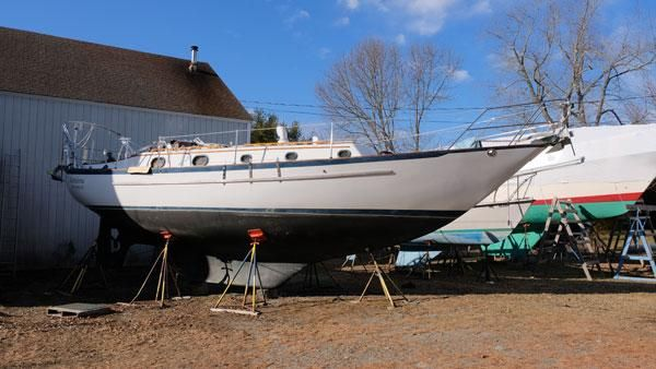 1985 Pacific Seacraft 37 Cutter Sail Boat For Sale - www
