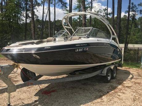 2011 Yamaha Boats 242 Limited S