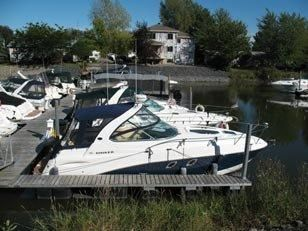 2012 Rinker 310 Express Cruiser
