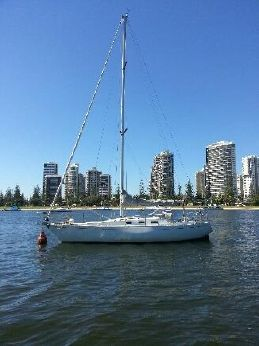 2000 Carter 33 Sloop