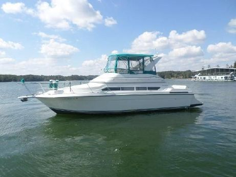 1995 Carver Yachts 380 Santiago