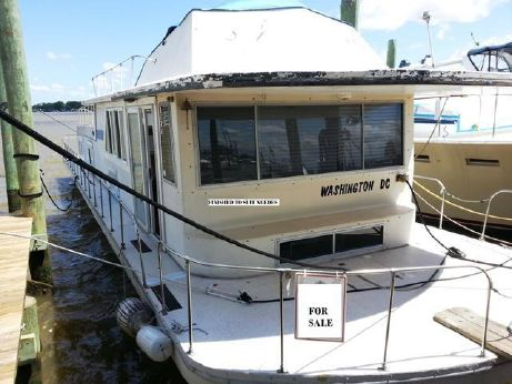 1979 Carlcraft Houseboat Flybridge