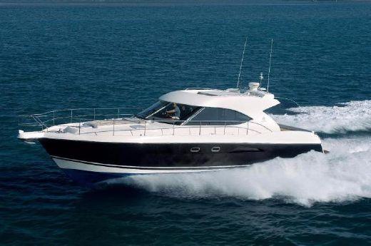 2009 Riviera 5000 Sport Yacht