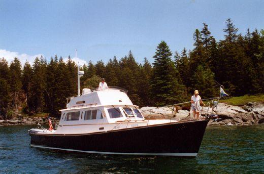 1994 Hinckley 42' Talaria