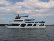 1990 Homecruiser Houseboat