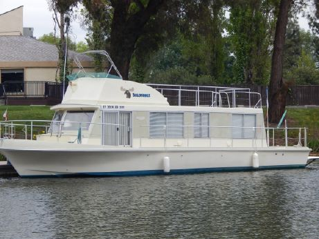 1974 Cruise-A-Home Houseboat