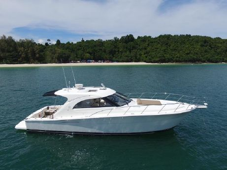 2010 Riviera 43 Offshore Express