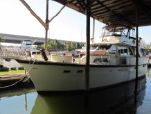 1970 Hatteras Exceptional 53 Classic