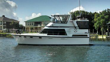 1987 Lien Hwa Motor Yacht