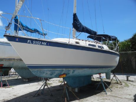 1980 O'day 28 Masthead Sloop