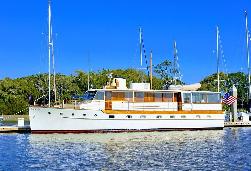 1947 Trumpy Houseboat Power Boat For Sale Www Yachtworld Com