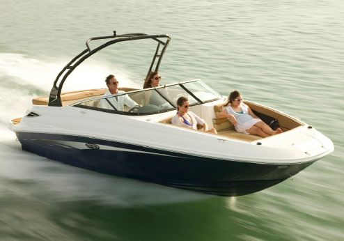 2017 Sea Ray 240 Sundeck