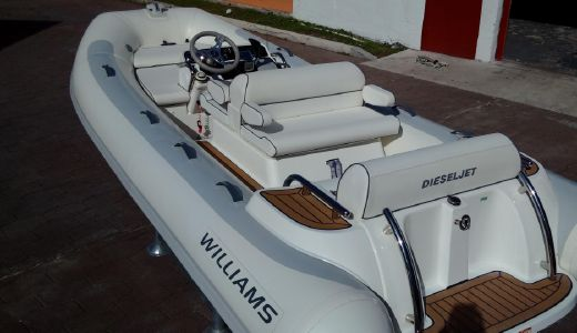 2013 Williams Jet Tenders 445 Dieseljet