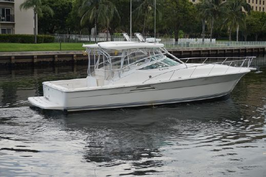 2004 Wellcraft 390 Coastal